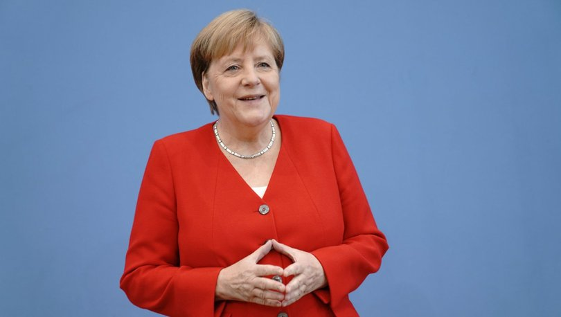 Merkel açıkladı: Almanya, nitelikli işçi arıyor