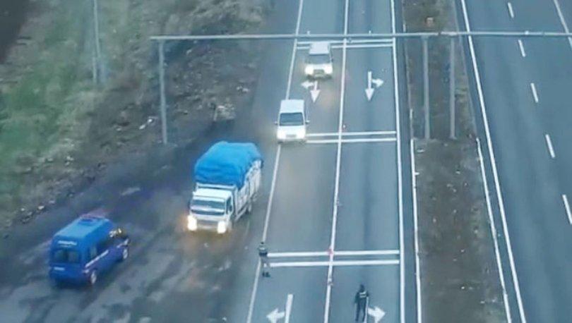 Drone ile tespit edilen saman yüklü kamyondan 330 kilogram esrar çıktı