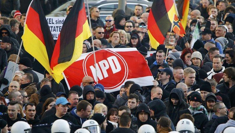 Almanya sayıları artan neo-Nazilere karşı istihbaratçı arıyor