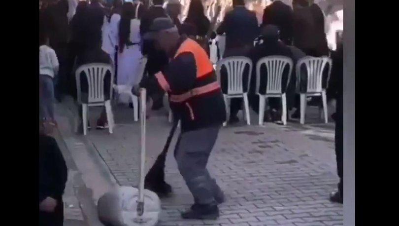 Mersin'de temizlik işçisi düğüne denk gelince müziğe eşlik etti
