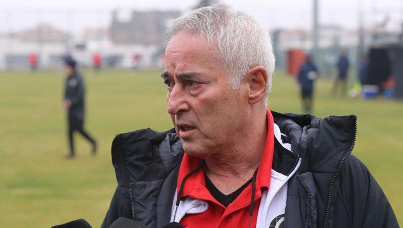 Eskişehirspor Teknik Direktörü Coşkun Demirbakan, geçen hafta oynanan İstanbulspor maçı ile Balıkesirspor maçı öncesinde takımın son durumunu değerlendirdi.