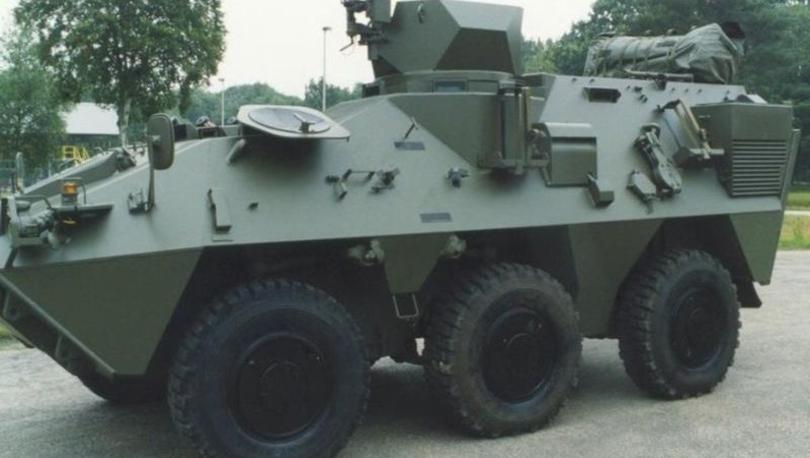 Belçika ordusu zırh eklettiği aracına kısa boylu şoför bulmak zorunda