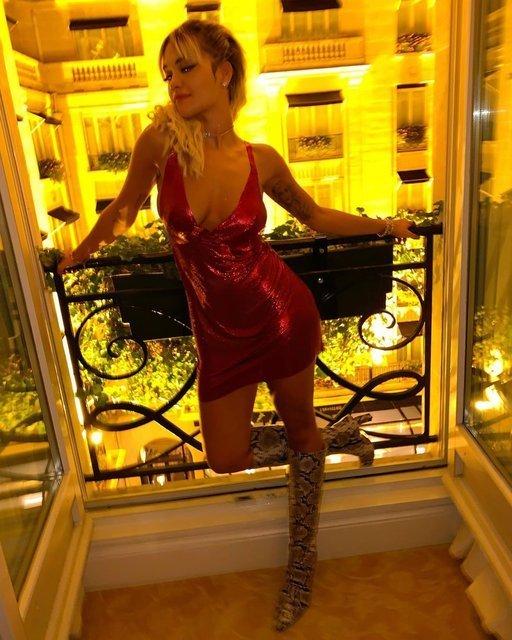 Rita Ora'dan bikinili pozlar: Tatil şimdi başlıyor - Magazin haberleri