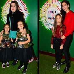 Anneler ve kızları yeni yıl partisinde...
