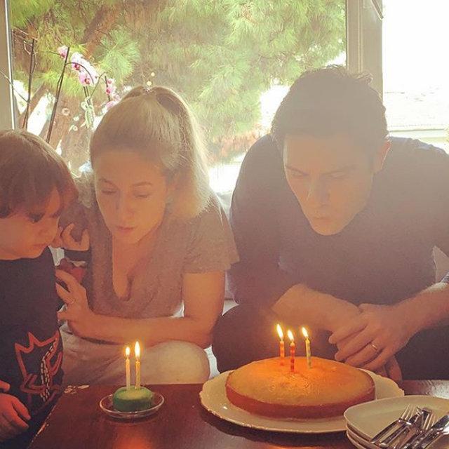 Canan Ergüder'den eşi Kenan Ece'ye doğum günü kutlaması - Magazin haberleri