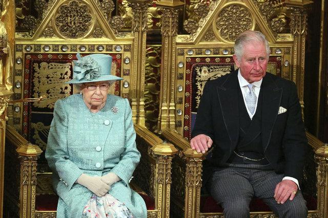 Meghan Markle'ı sildi mi? Kraliçe'den imalı paylaşım! - Haberler