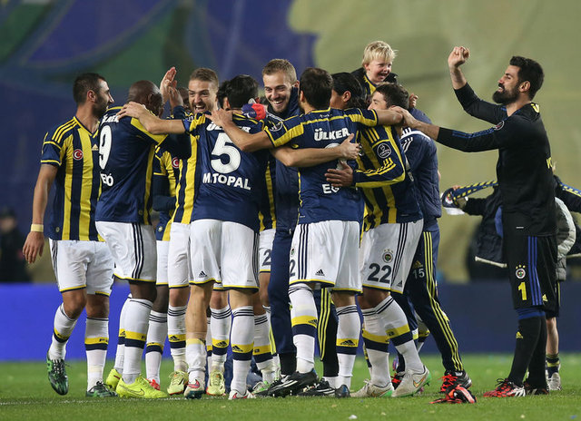 Kadıköy'de Fenerbahçe yenilgisi gören teknik direktör sayısı 24!