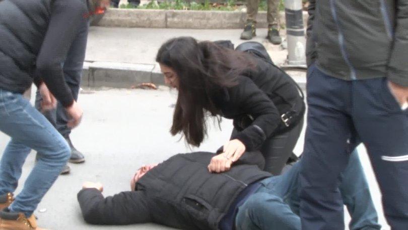 Kaza yapan motosikletlinin yardımına koştu