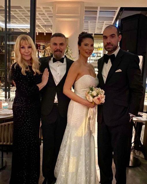 Ümit Sayın ile Eda Modoğlu evlendi - Magazin haberleri