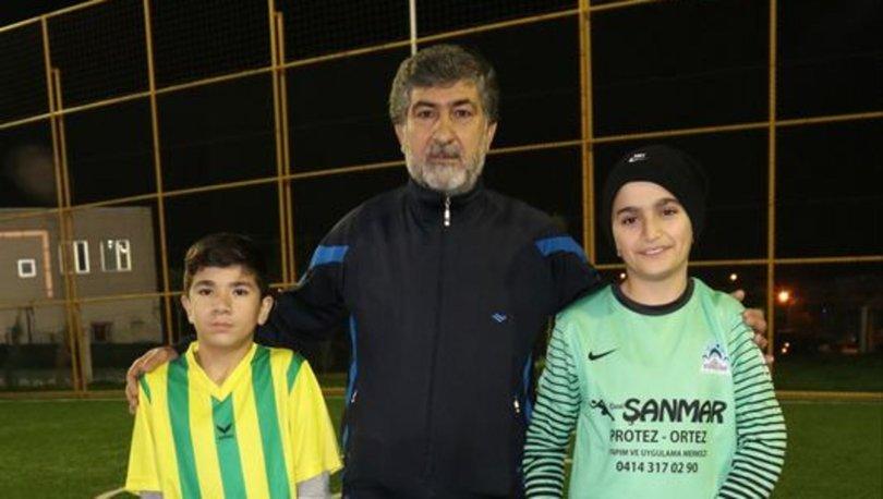 14 yaşındaki Muzaffer futbolla engelleri aştı