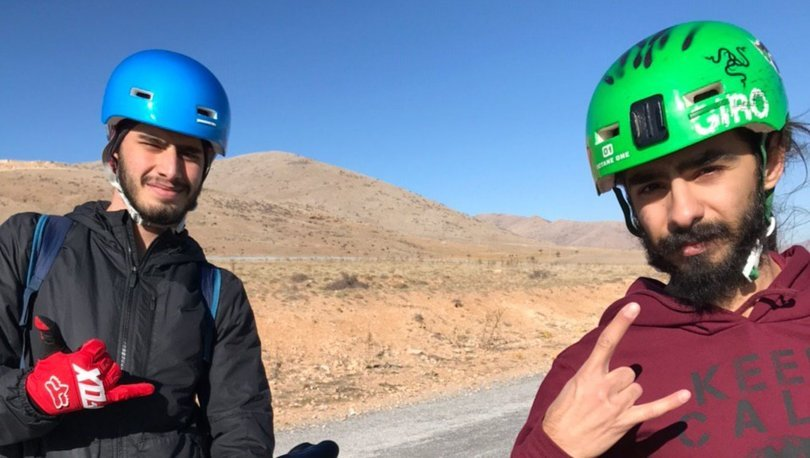 Helikopterle kurtarılan bisikletçi, ölmemek için 400 metre sürünmüş
