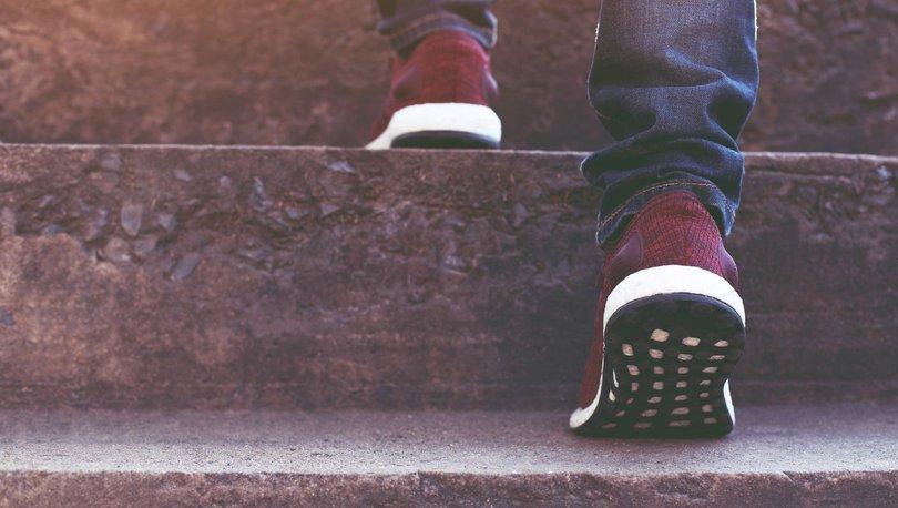 Merdiven çıkarken yorulma kalp rahatsızlığı belirtisi olabilir - Haberler
