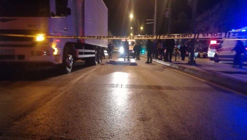 İzmir'de kamyonun çarptığı bisiklet sürücüsü hayatını kaybetti