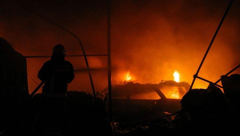 Antalya'da tamirhane yangını