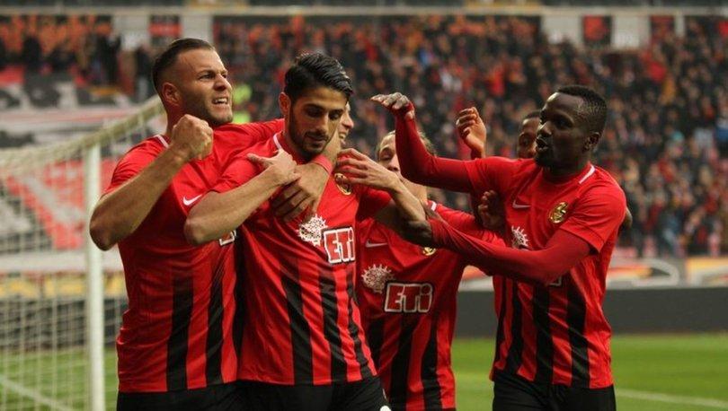 Eskişehirspor'da ilk devrenin gol yükünü yabancılar çekti