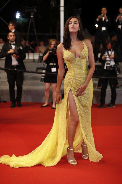 Rus model Irina Shayk yeni yılı Costa Rica'da karşıladı - Magazin haberleri