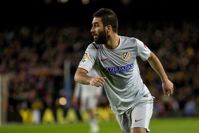 Ben Arda Turan, bana kulüp bul! Gece 01.00'de menajer Mino Raiola ile bomba transfer görüşmesi - son dakika transfer haberleri