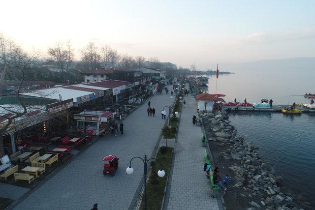 'İstanbul'un arka bahçesi' tatilcileri bekliyor