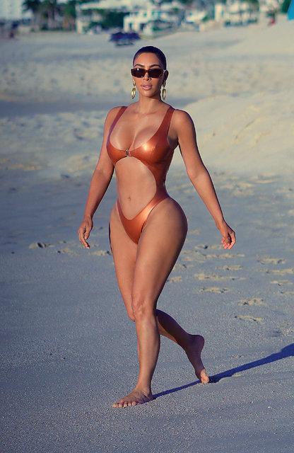 Kim Kardashian soluğu Meksika'da aldı - Magazin haberleri