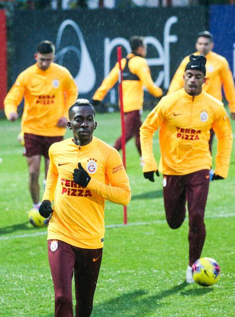 Galatasaray son dakika transfer haberi: Stoper için rota İngiltere!