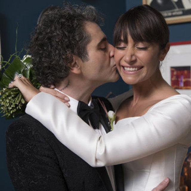Hazer Amani'den eşi Sıla'yla romantik paylaşım - Magazin haberleri
