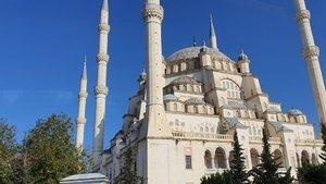 Adana cuma namazı saati kaçta? 17 Ocak Adana Cuma namazı vakti saati - Diyanet açıkladı