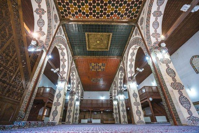 Tokat Ulu Cami, turistlerin ilgisini çekiyor