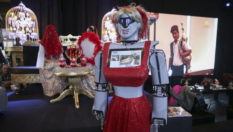 Evlilik fuarının gözdesi 'kınacı robotlar' oldu