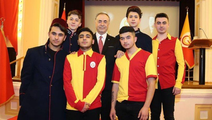 Galatasaray'da yeni üyeler beratlarını aldı