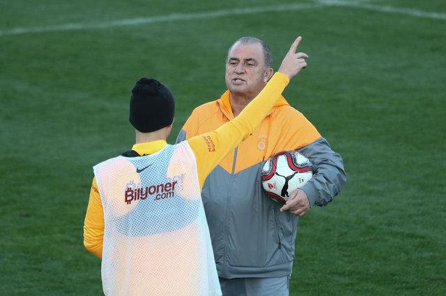 Galatasaray Denizlispor maçı muhtemel 11'leri! Galatasaray Denizlispor maçı saat kaçta?