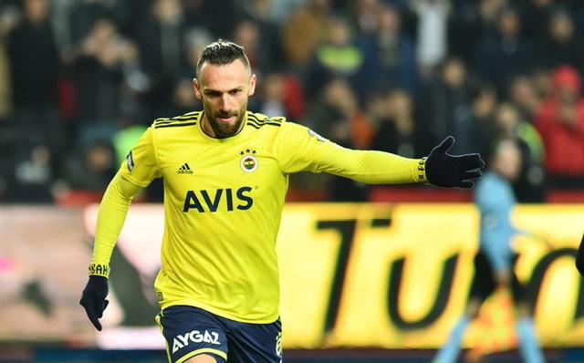 Vedat'ın kırmızı kartı olay oldu! (Gaziantep - Fenerbahçe maçı yazar yorumları)