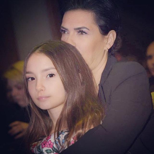Yeşim Salkım'dan kızı Ada'ya duygusal paylaşım - Magazin haberleri