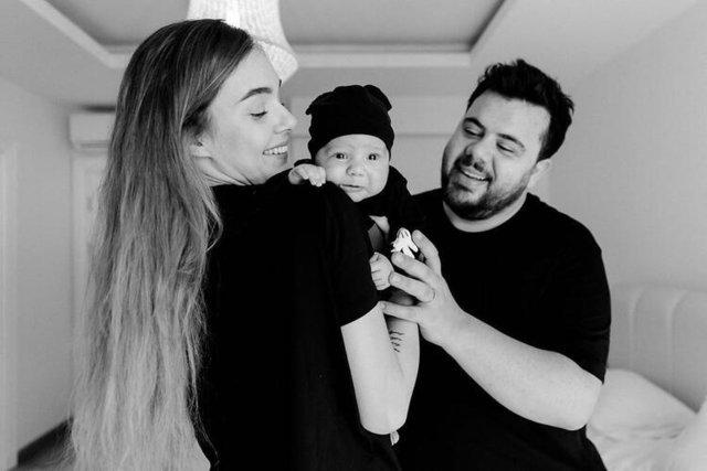 Eser Yenenler ve eşi Berfu Yenenler nasıl tanıştıklarını anlattı - Magazin haberleri