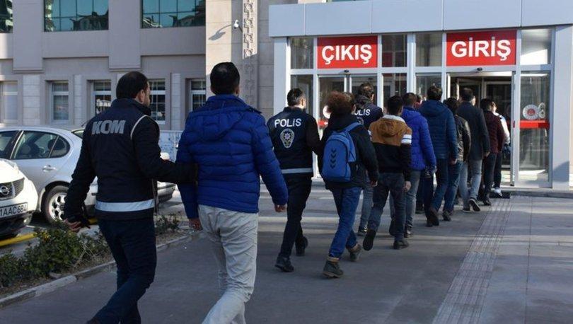 MEB'de FETÖ operasyonu! 11'i görevli 16 kişiye gözaltı