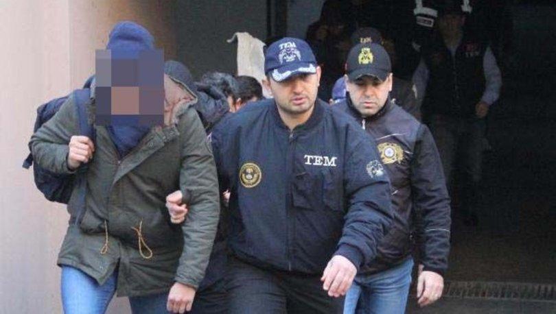 İzmir'de FETÖ operasyonu: 12 gözaltı kararı