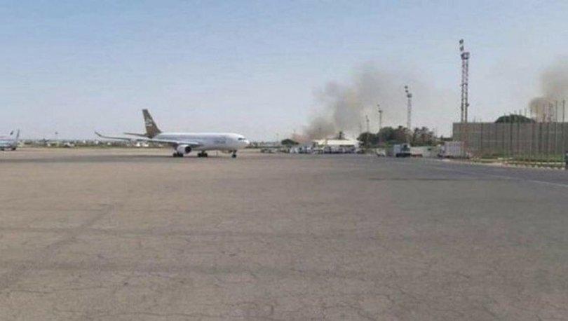 Hafter güçleri Trablus ve çevresine girecek olan sivil uçakları düşürmekle tehdit etti