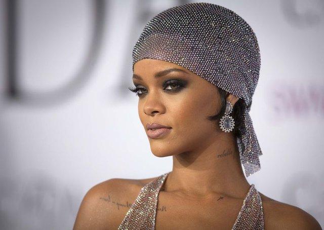 Rihanna ile Drake yeniden birlikte - Magazin haberleri