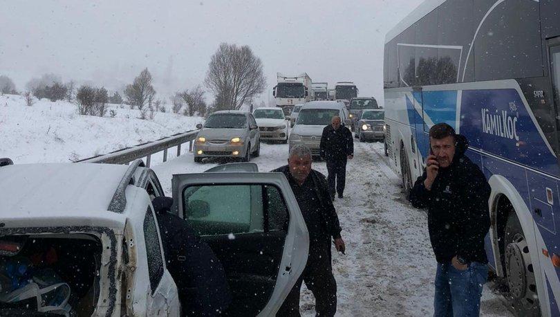 Karabük-Gerede kara yolunda zincirleme kaza!