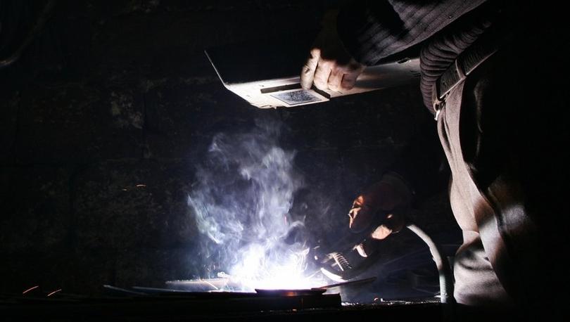 130 bin metal işçisi grev kararı aldı: 'Üç kuruş zam için değil, var olmak için mücadele ediyoruz'