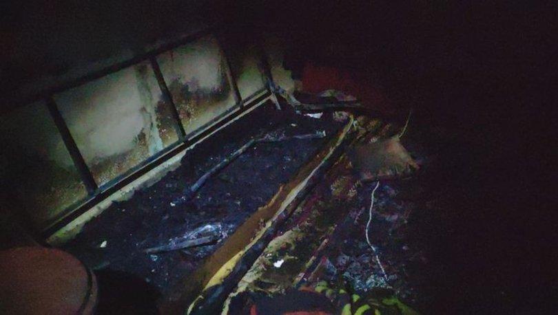 Gaziantep'te şarjda unutulan cep telefonu evi yakıp küle çevirdi