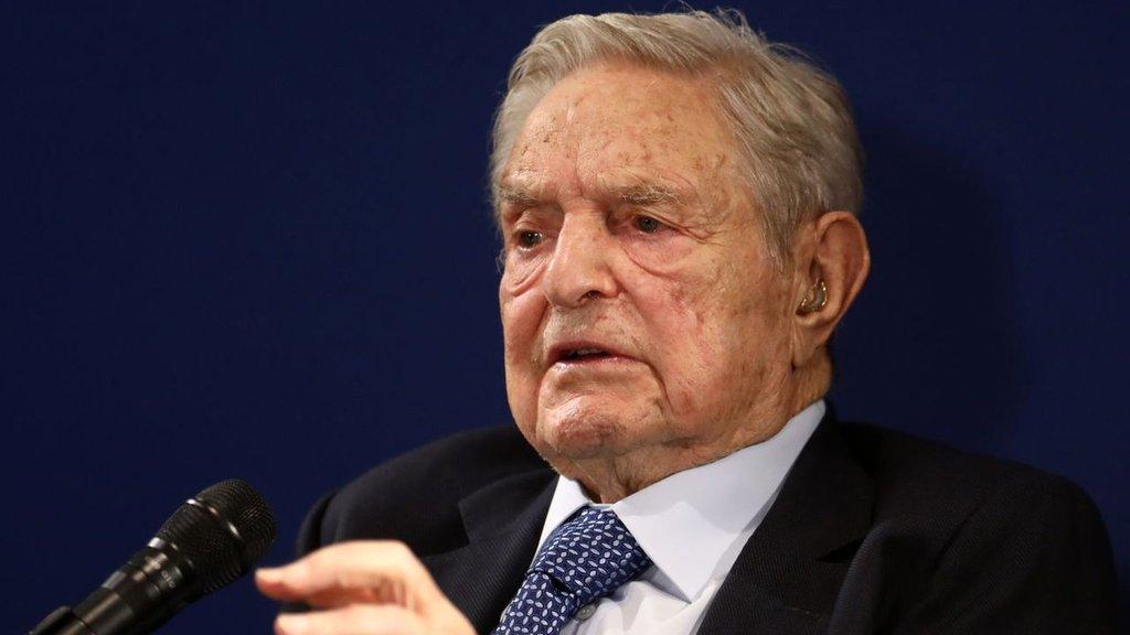 Soros'tan dünya liderlerine sert sözler