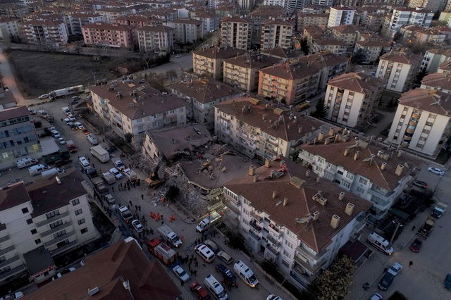 Elazığ depreminin fotoğrafları! Elazığ depreminin yarattığı hasar böyle görüntülendi - HABERLER