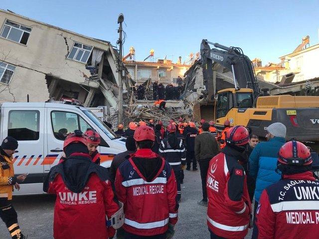 Elazığ'dan deprem fotoğrafları! Elazığ depreminin yarattığı hasar böyle görüntülendi - HABERLER