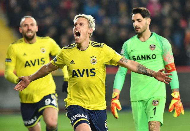 Fenerbahçe'nin Başakşehir maçı mutemel 11'i! Fenerbahçe Başakşehir maçı saat kaçta