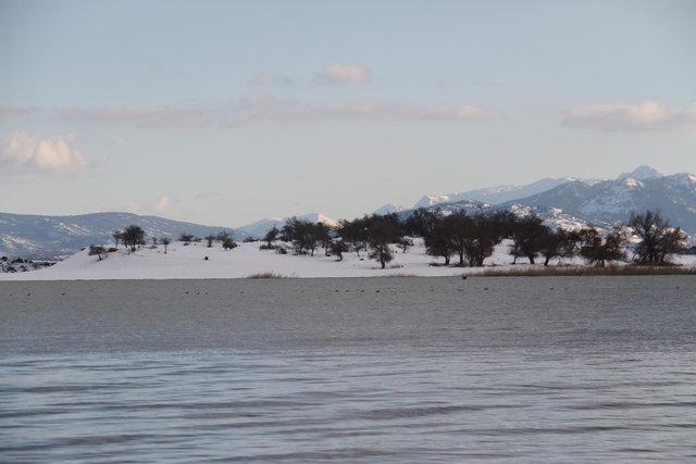 Beyşehir Gölü Milli Parkı'nda kartpostallık kış manzaraları