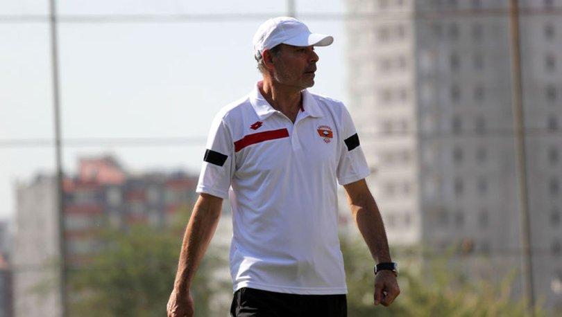 Adanaspor'da Engin İpekoğlu istifa etti