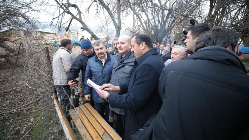 İçişleri Bakanı Soylu ve Sağlık Bakanı Koca depremde 6 evin yıkıldığı köyde incelemede bulundu