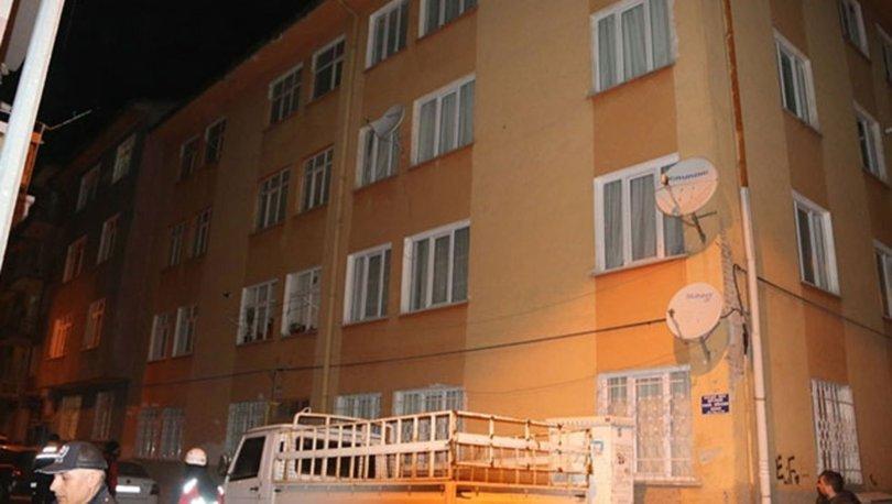 Elazığ'da çökme tehlikesi olan 3 bina tahliye edildi