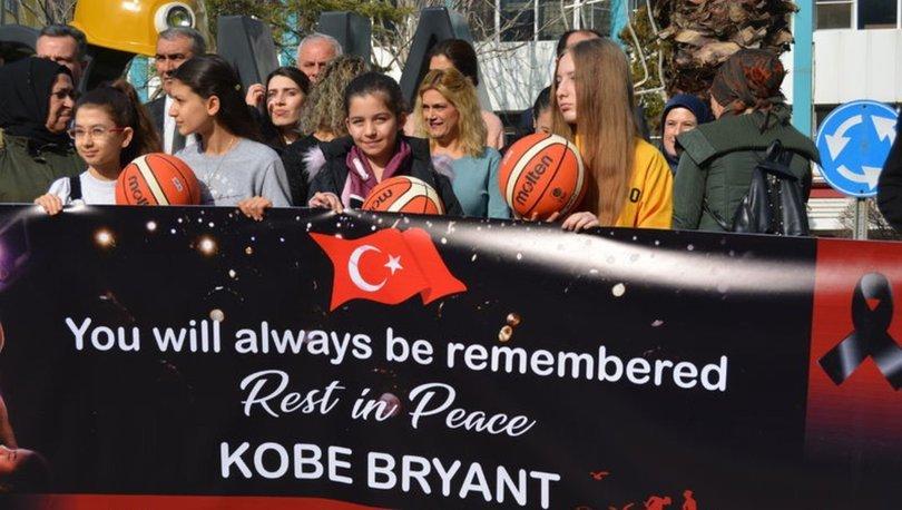Soma'da hayatını kaybeden madencilerin aileleri, Kobe Bryant'ı andı