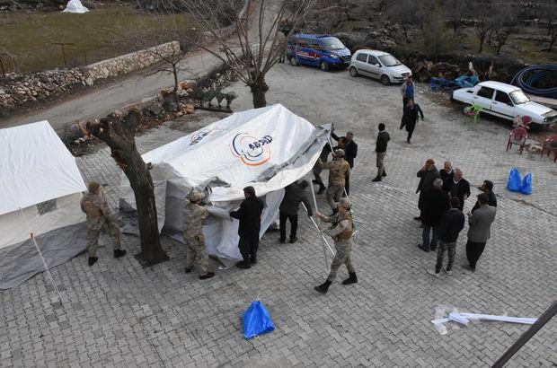 Mehmetçikten Elazığ'daki depremzedelere 129 bin lira yardım